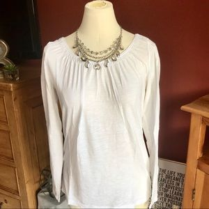 ++++Nice white cotton long sleeves top